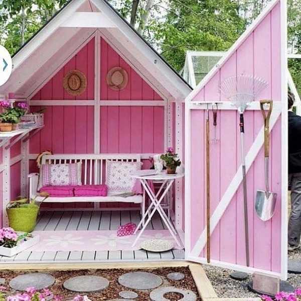 Pink She Shed via Pinterest, The Best She Sheds