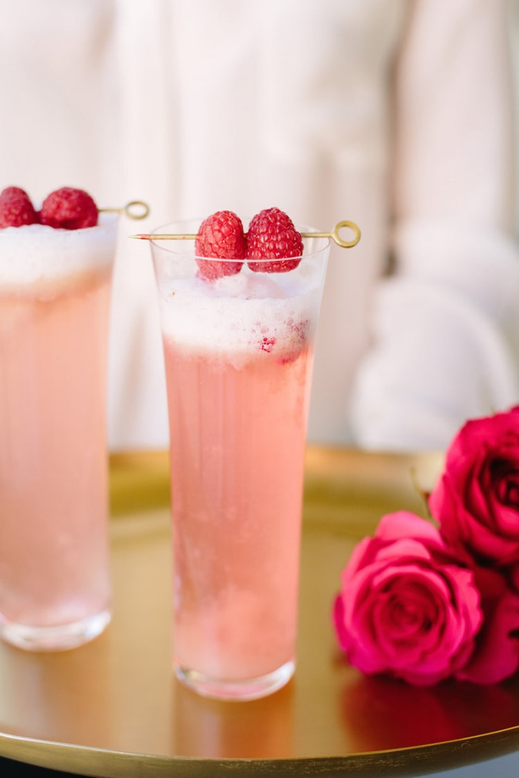 These all look so delicious! 10 Valentine's Day cocktail recipes to make for your hubby. See more on https://ablissfulnest.com/ #valentinesday #valentinesdaycocktail #cocktailrecipe