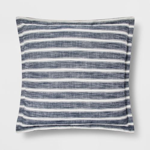 Love this reversible pillow for summer!