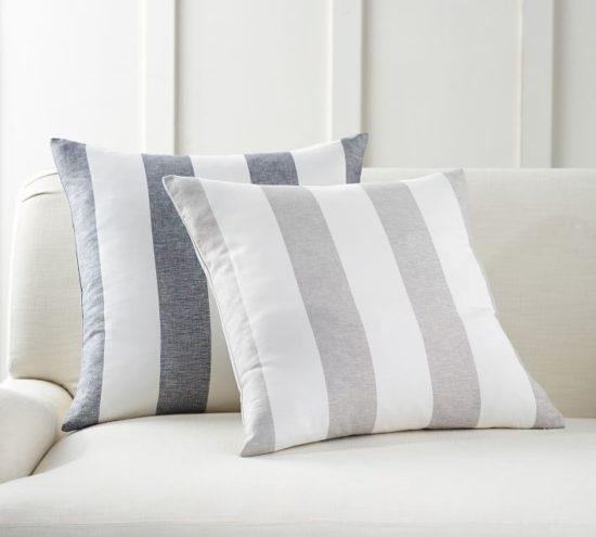 Everyone needs this staple pillow pattern!