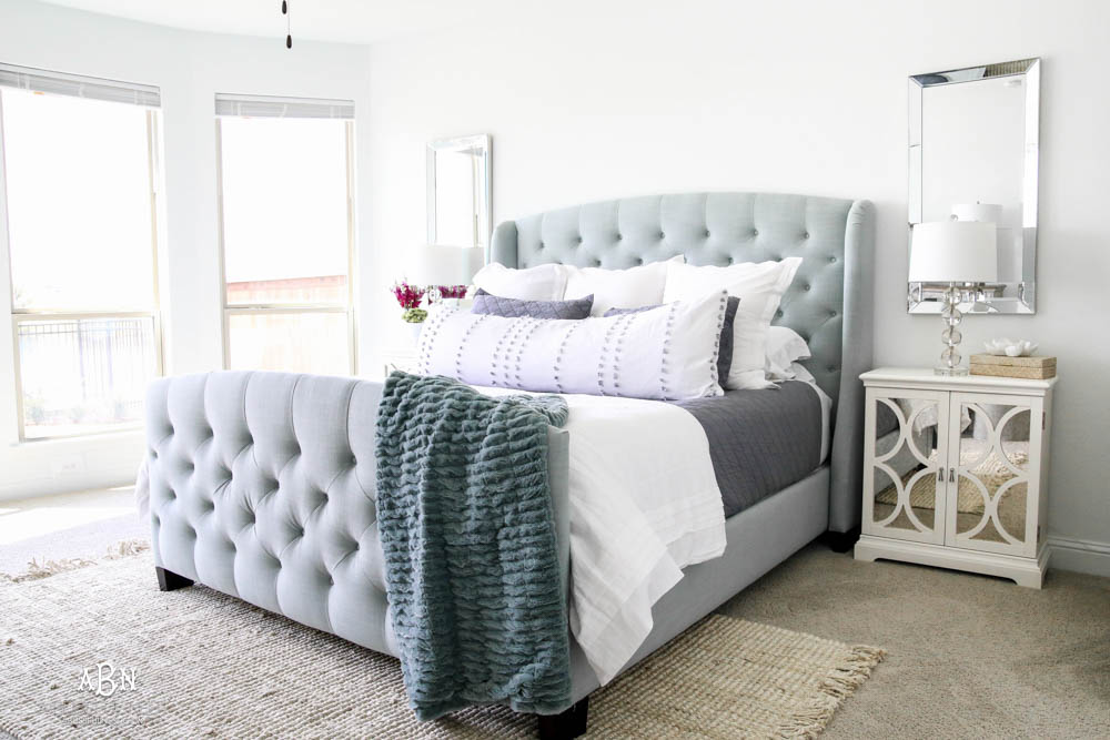 My tips on the well made bed and how to achieve a great night of sleep. #ad #craneandcanopy #bedroomideas #bedroomdecor