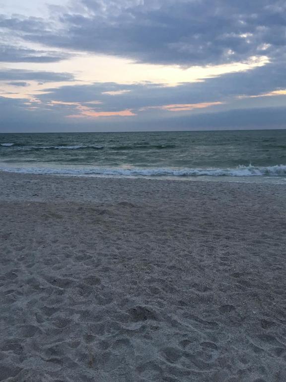 Kühler, aber schöner Strand auf AMI