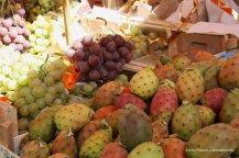 Grapes and prickly pear at Ballarò market - Palermo, Sicily