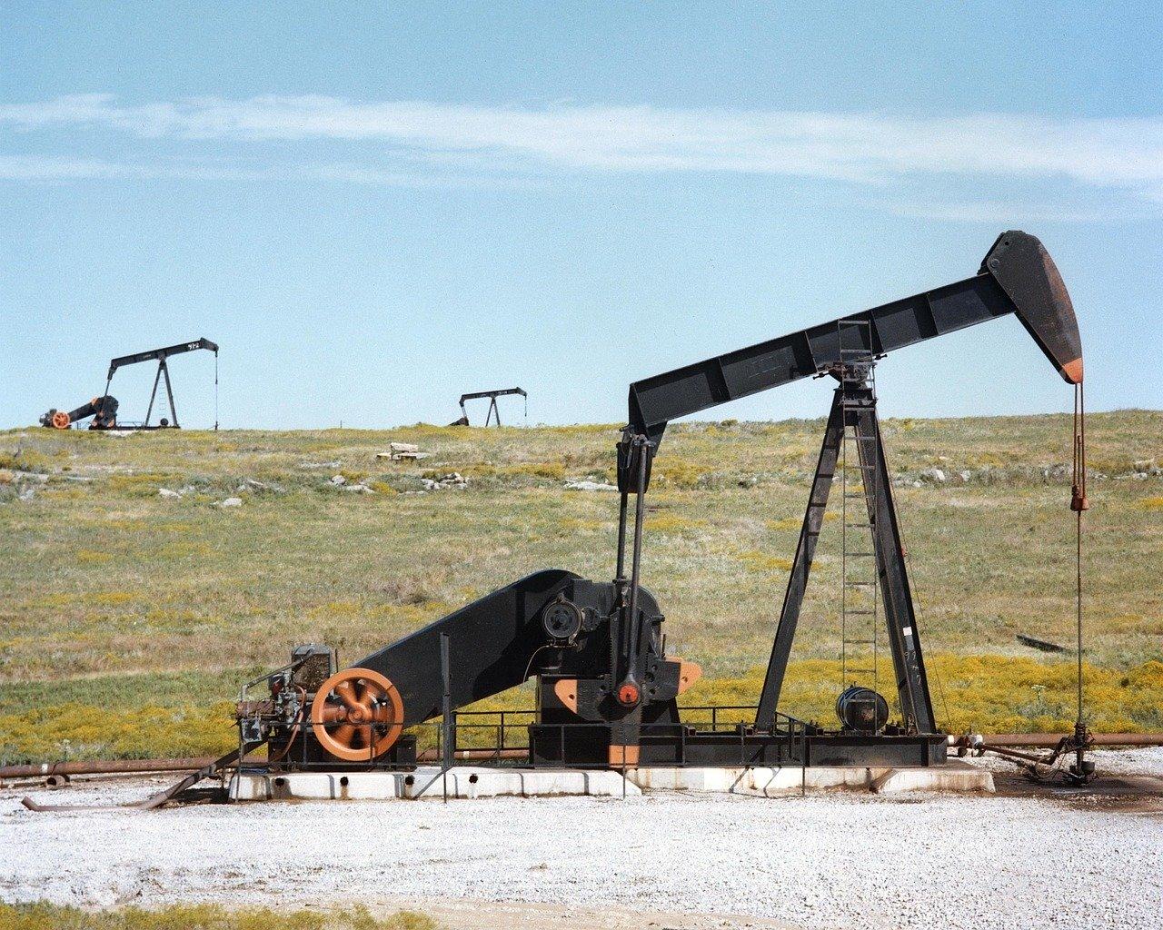 Marathon to buy Western Oil Sands