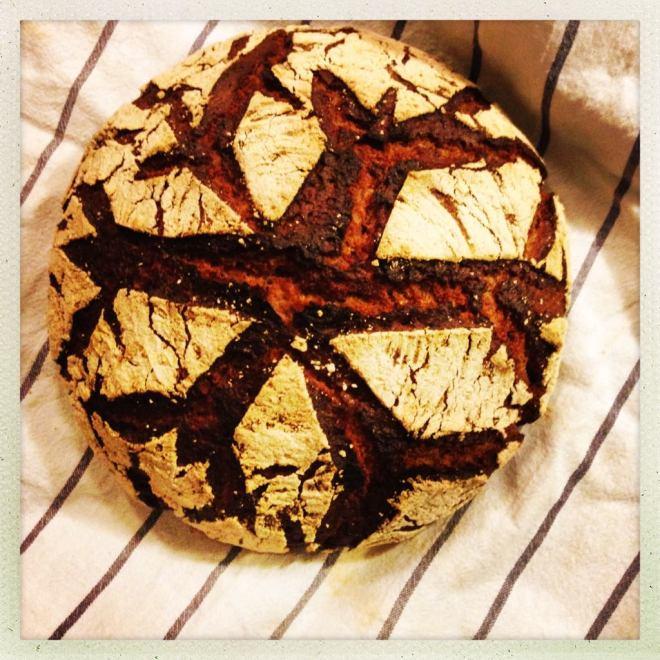 Brot mit Schneeflocke