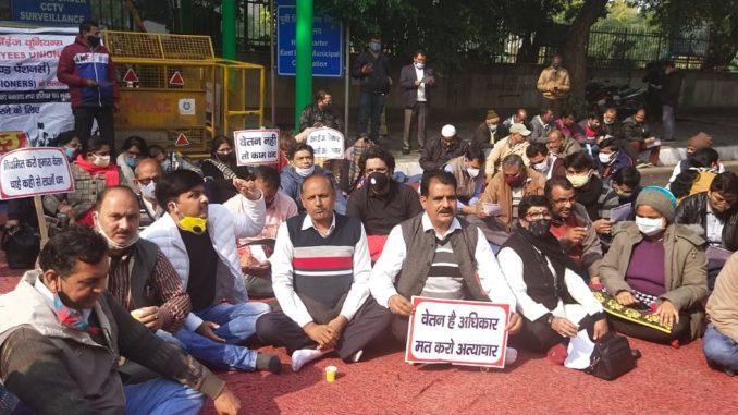दिल्ली नगरपालिका स्कूल के शिक्षकों ने अगस्त से वेतन नहीं दिया; MCD, राज्य सरकार पर दोष लगा रही है