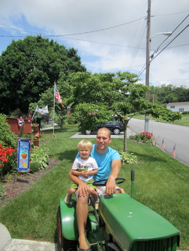 Daddy Sully tractor time