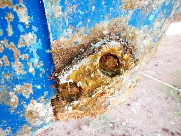 Crud around the old rudder post zincs