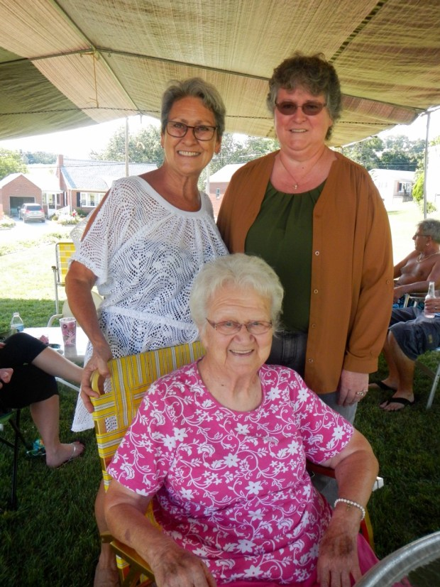 Mom, Grandma and Aunt Jane