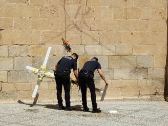 Retirada de la cruz de flores en Callosa de Segura