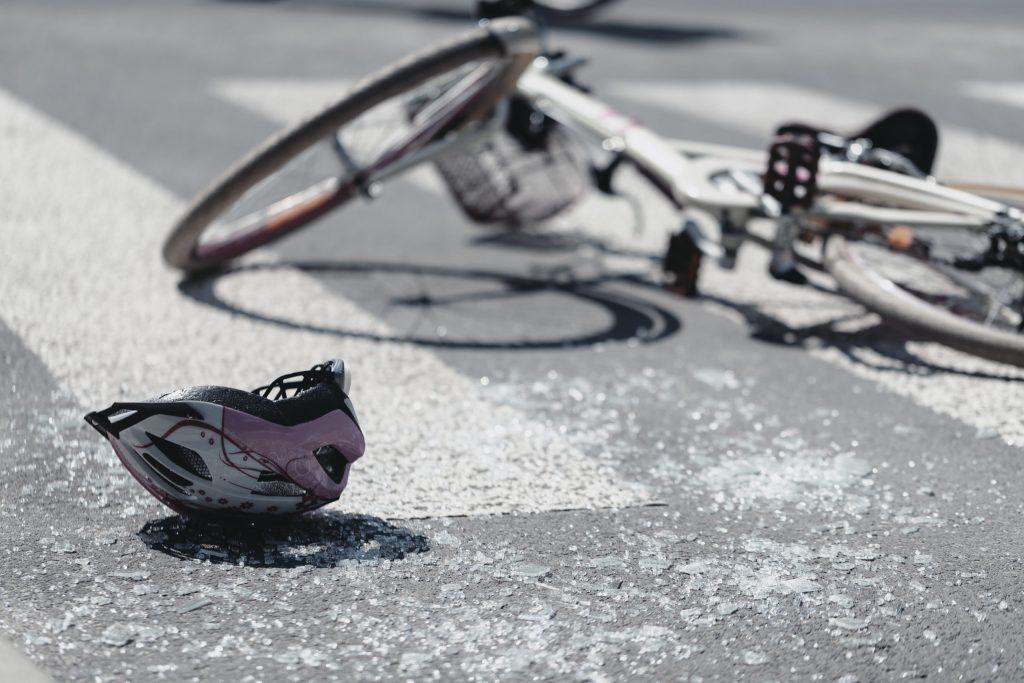 Muere Salvador Cortez en accidente de bicicleta en Suburban Road, en San Luis Obispo, CA