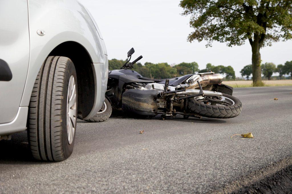 Muere adolescente en accidente de motocicleta en Coffee Road en Crawford Road, en Modesto, CA