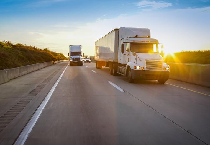 Muere hombre en accidente de tráiler en la carretera 15, cerca del camino Wild Wash, en San Bernardino, CA