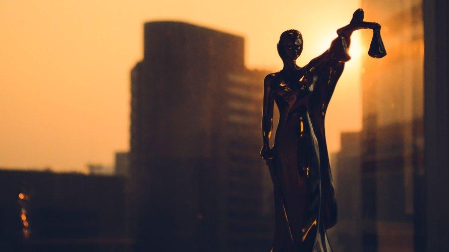 https://i2.wp.com/abogadosgkg.com/wp-content/uploads/2018/11/abogadosgkg-derecho-corporativo.jpg?w=891