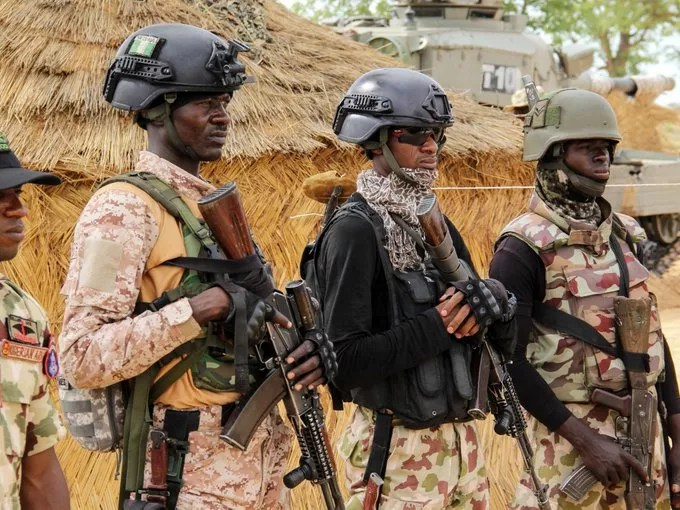 Nigerian troops fighting insurgency in the north