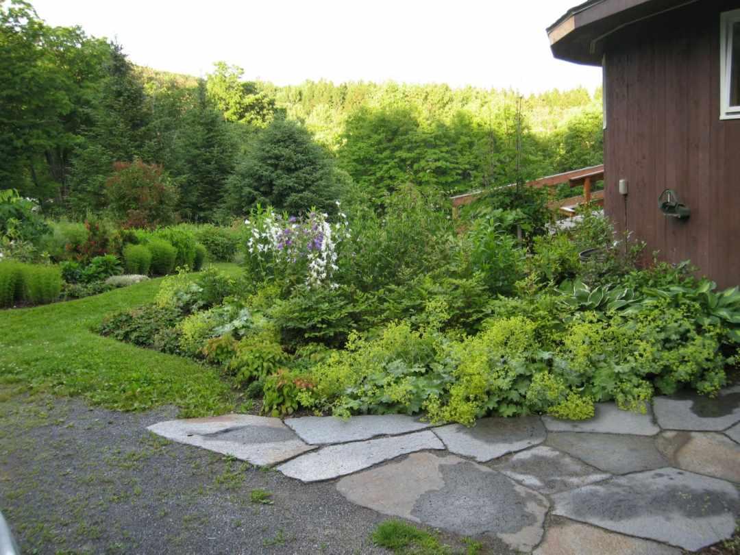 Thistle Hill - Brattleboro VT  - Landscape Design - walk