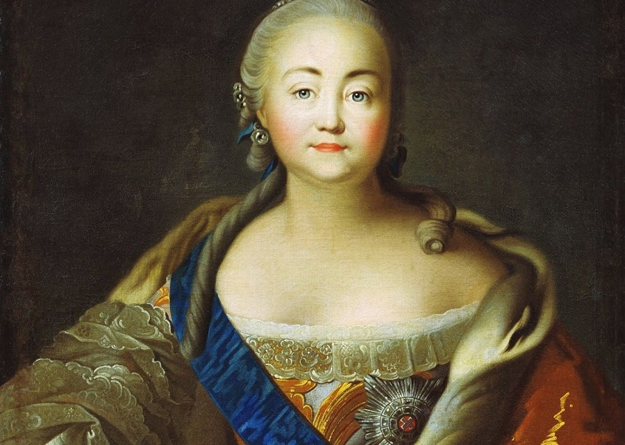 Elizabeth of Russia – The Queen With Over 16 000 Dresses