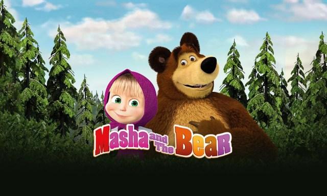 Kartun lucu Masha and The Bear di Vidio.