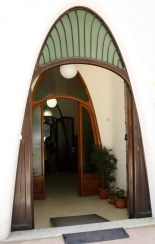Parabolic shapes used at Masia Freixa, Terrassa