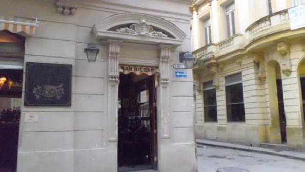 Foto fachada Bar Bilbao en La Habana (Foto Nany C - en Tripadvisor)