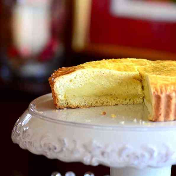 Savoring time in the kitchen. Gâteau Basque