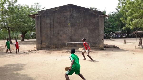 Pelotaris en la población de Kati en Togo (Togo19)