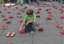 """La creadora del proyecto de arte publico """"Zapatos rojos"""" invitada a visitar Bilbao"""