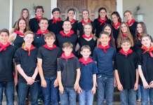 Dantzaris del Kern County Basque Club que quieren participar en el Folklife 2016