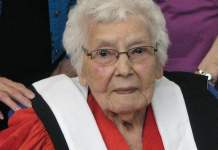 Elsie Basque receiving an honorary doctorate from Acadia University. (Mi'kmawey Debert Cultural Centre)