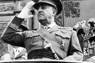 Insurgent Franco during his illegal dictatorship.  Photo published by the Italian fascist daily Secolo d'Italia.