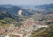 Vista aerea de Gernika y Urdaibai