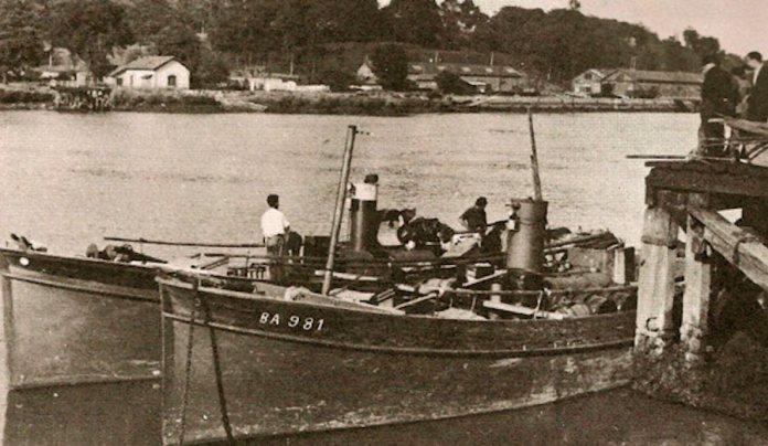 Los pesqueros Donibane y Bigarrena en Baiona, a punto de iniciar su epopeya cruzando el Atlantico hasta Venezuela, via Dakar