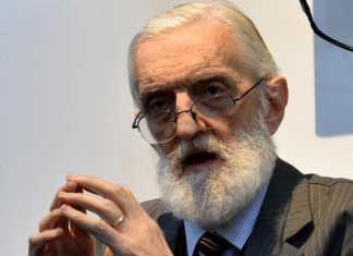 El profesor Mikel Ezkerro, experto en la historia de los vascos en Argentina