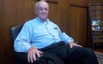 El historiador John Mills en SPAC Biblioteca en Sao Paulo Rafael Valente / ESPN.com.br