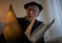 "Mr. Moreno proudly calls himself ""the last gudari,"" a Basque word for soldier.CreditSamuel Aranda for The New York Times"