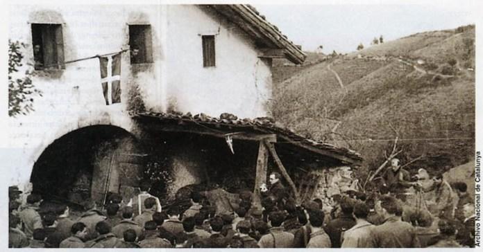 Misa de campaña de gudaris (miembros del Ejército de Euzkadi) durante la lucha contra los insurrectos franquistas