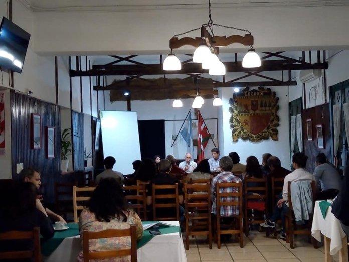 Acto organizado por organizado por la Cátedra Libre de Pensamiento Vasco UNLP