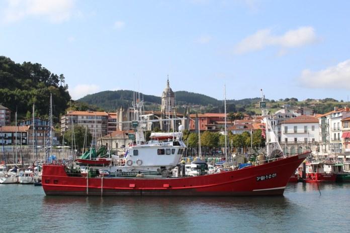 Port of Lekeitio (besidestheobvious.net)