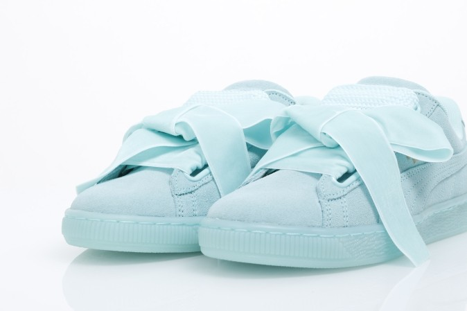 Puma ladies suede heart reset