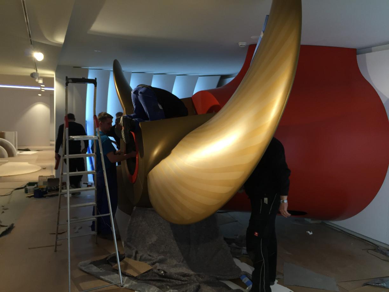 Das Modell eines Pod-Antrieb mit sechs Metern Durchmesser lässt die Dimensionen eines Ozeanriesen erahnen. (c) Patrick Anneken