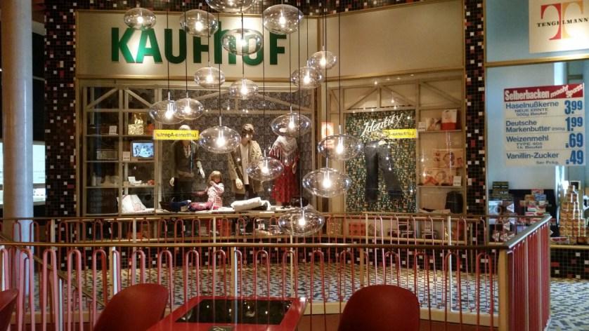 dah_kaufhaus_thema_flucht