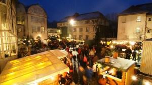 Lichterglanz und vorweihnachtlicher Adventsmarkt rund um das Gifhorner Schloss