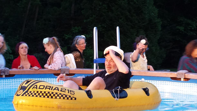 Poolparty beim Bergwerksdirektor. (c) B.Neuhaus