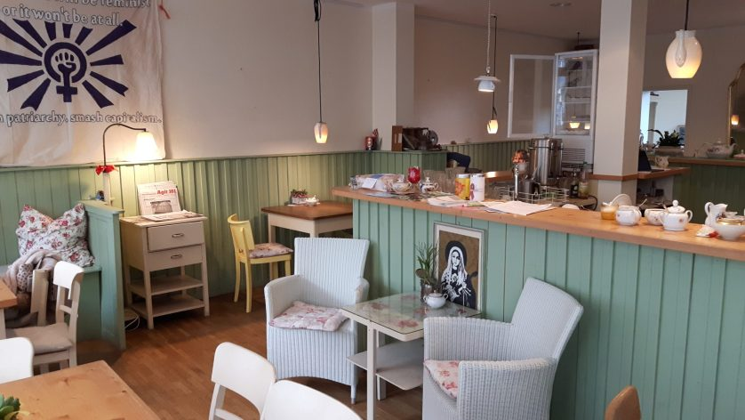 Der gastraum im Göttinger Café Dabis Kaffeestube