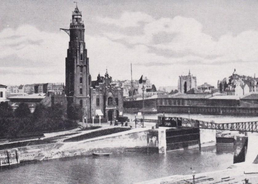Leuchtturm Schleuse Bremerhaven