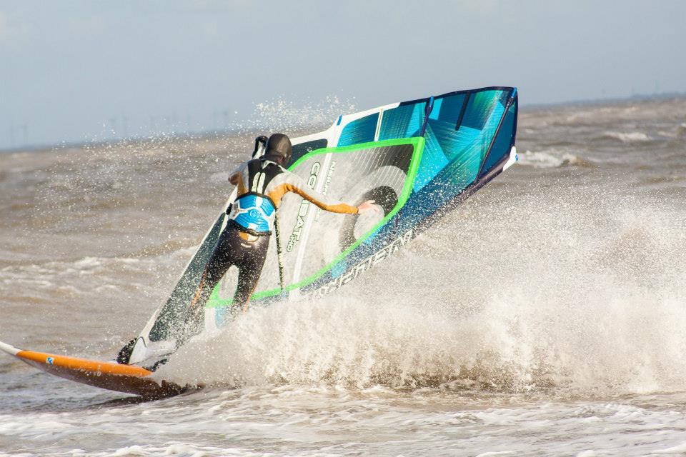 Wind und Wellen? Im Jadebusen gibt´s genügend :-) © surfcompany