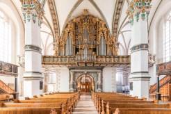 Farbenprächtig zeigt sich das Innere der Kirche (Foto Christian Bierwagen).