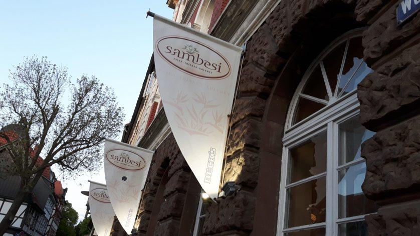 Die Aussenfassade des Restaurants Sambesi