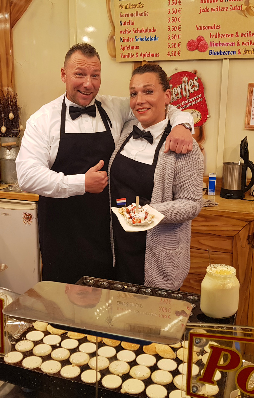 Probiert unbedingt die Poffertjes mit Erdbeeren & weißer Schokolade bei Familie Wendler © Mirco Guy