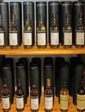 Für das Angels´ Share abgefüllte Whisky-Flaschen